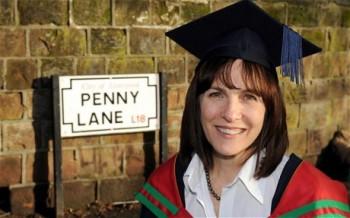 """La prima persona al mondo ad essersi laureata in """"beatlesologia"""""""