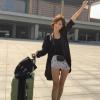 19enne cinese si vende per viaggiare